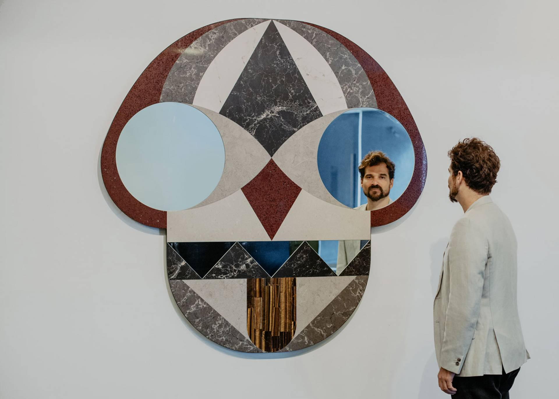 Jaime Hayón designs giant mask like mirror